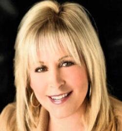 Christine Dumas
