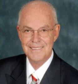 Howard Putnam 9
