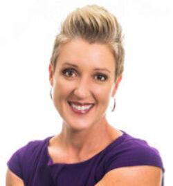 Jenny Evans headshot