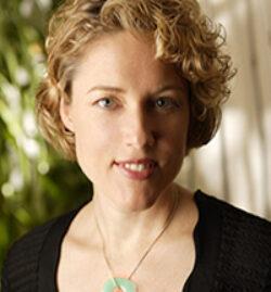 Robyn-Meredith200x200