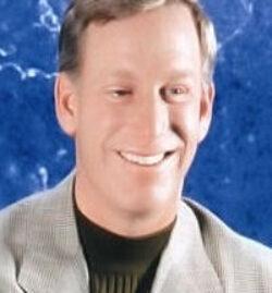 Tom Sullivan  9